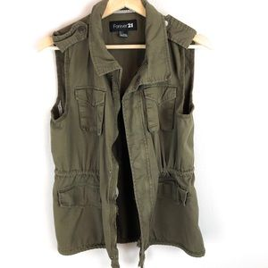 FOREVER 21 ARMY GREEN CARGO UTILITY VEST